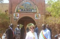 Ambassador Leonard and Mayor Samake in front of the Mayor's office in Ouelessebougou