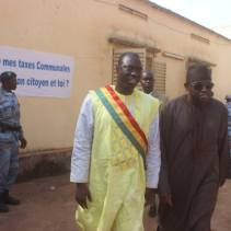 Mayor Yeah Samake with Minister of Decentralization, Malick Alhousseini